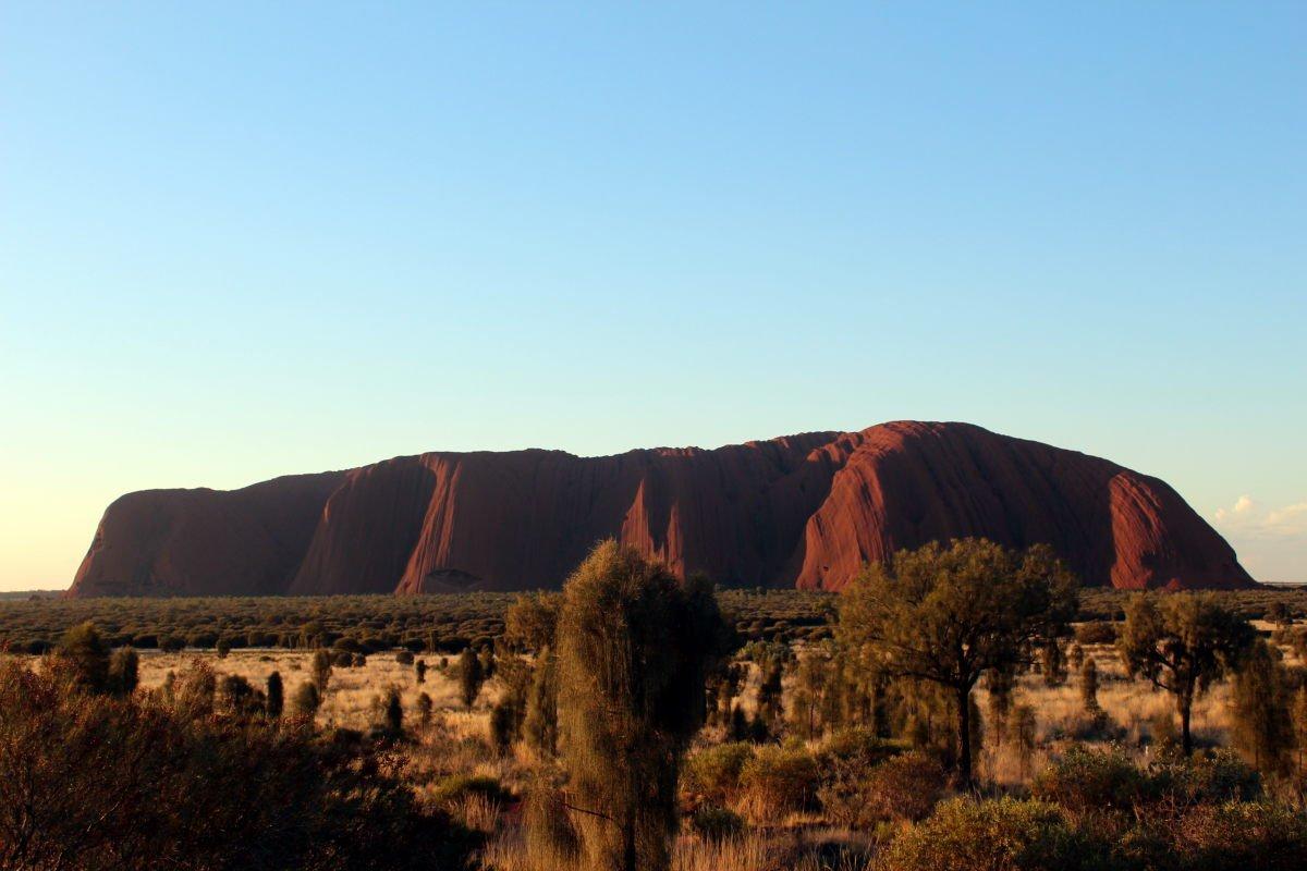 Australia0483_UluṟuAyersRock_TalinguruNyakunytjaku_sunset