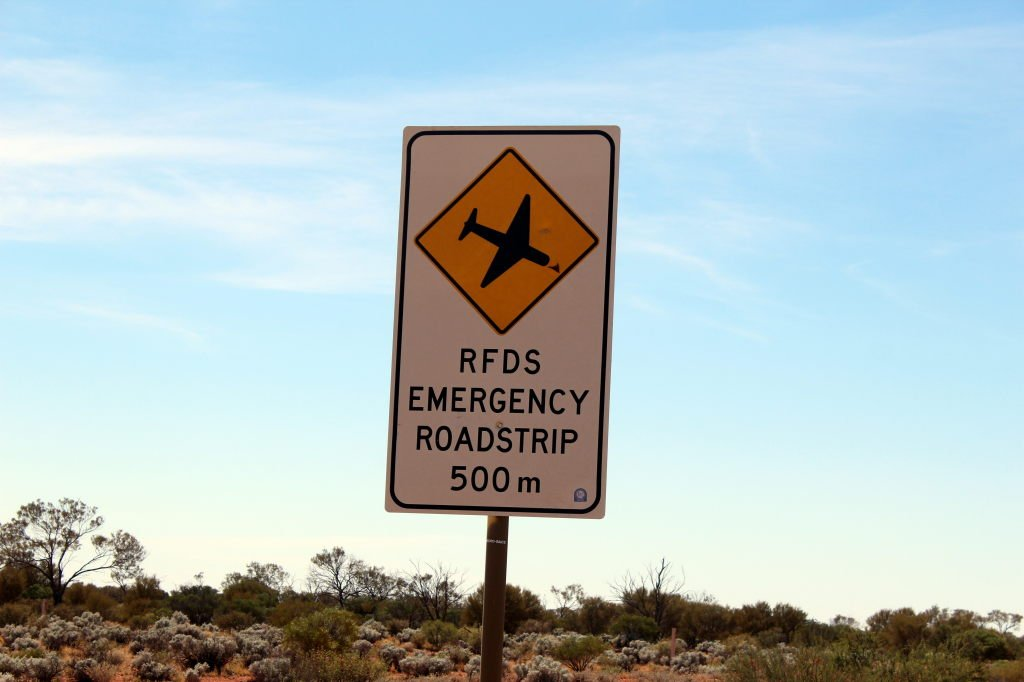 Australia0973_StuartHwy_airstrip