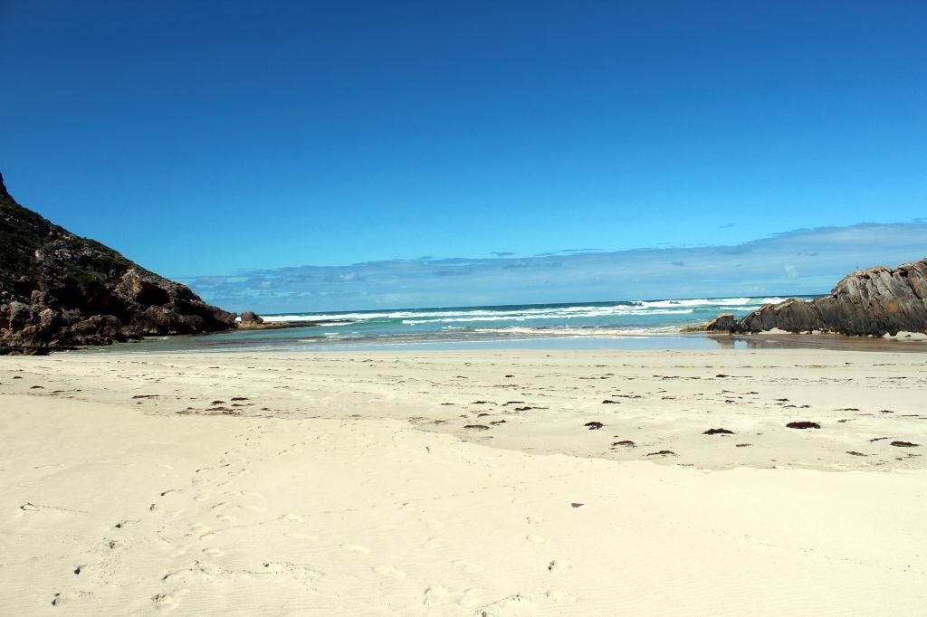 Australia2130_KangorooIsland_FlindersChaseNationalPark_SnakeLagoonHike