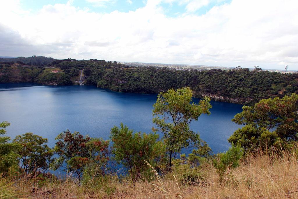 Australia2876_MountGambier_BlueLake