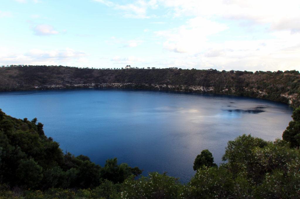 Australia2908_MountGambier_BlueLake