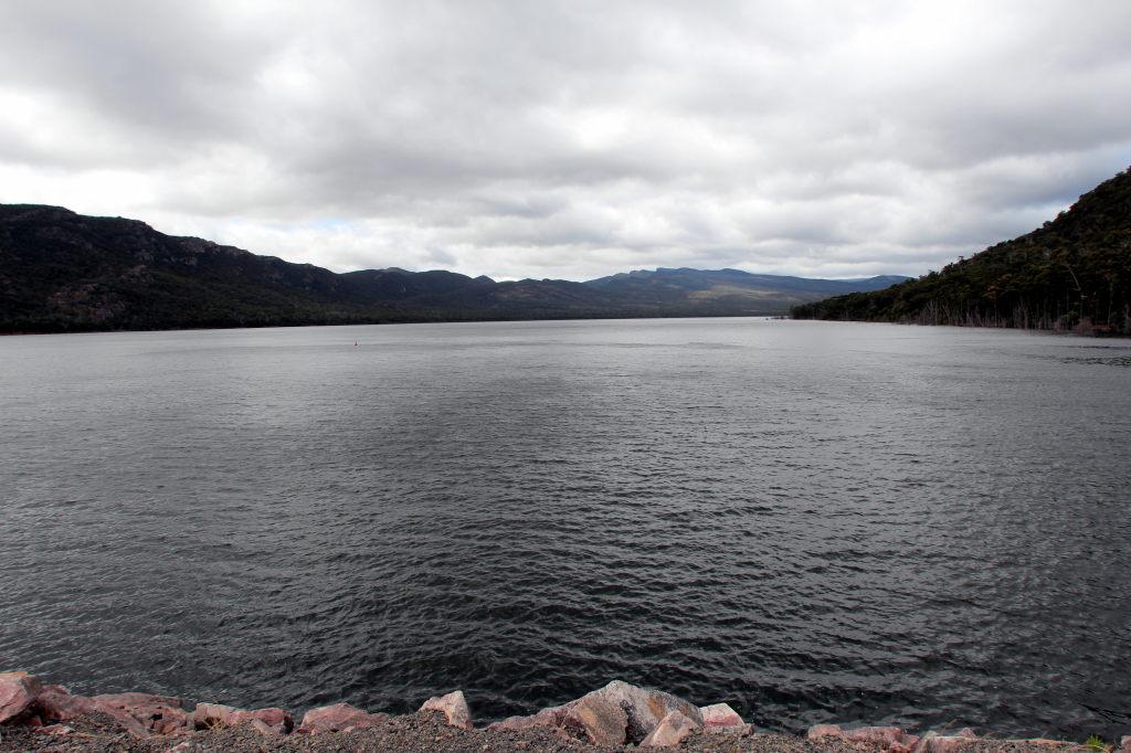 Australia3143_HallsGap_LakeBellfield