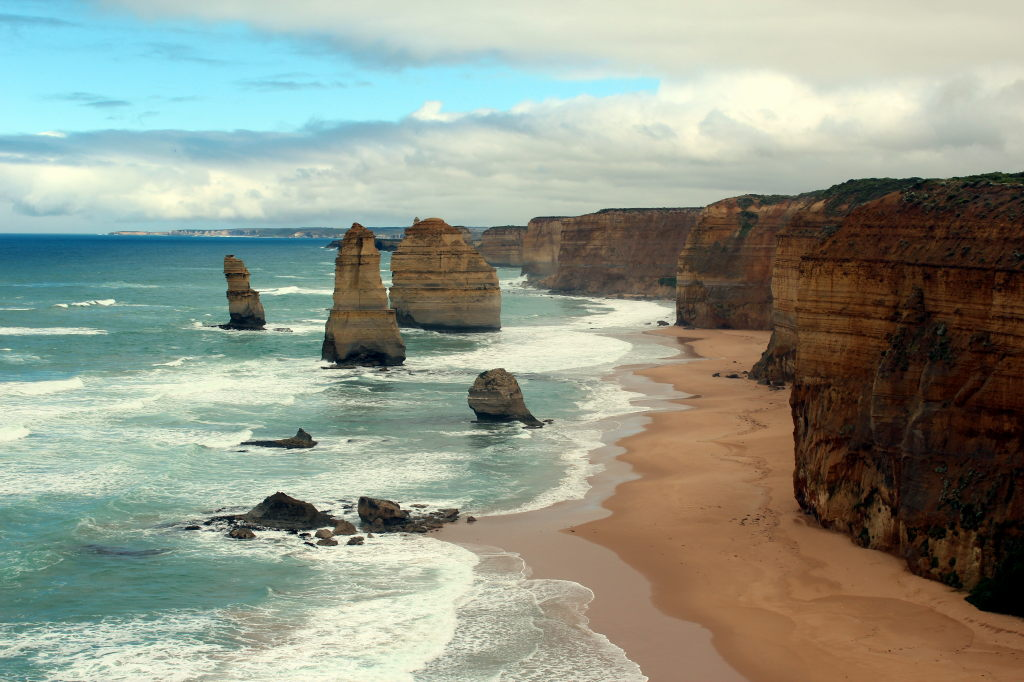 Australia3554_GreatOceanRoad_TwelveApostles