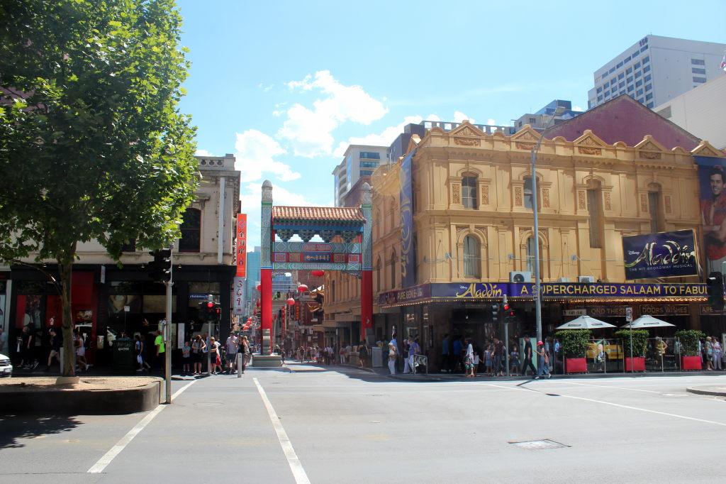 Australia4344_Melbourne_LittleBourkeSt_Chinatown