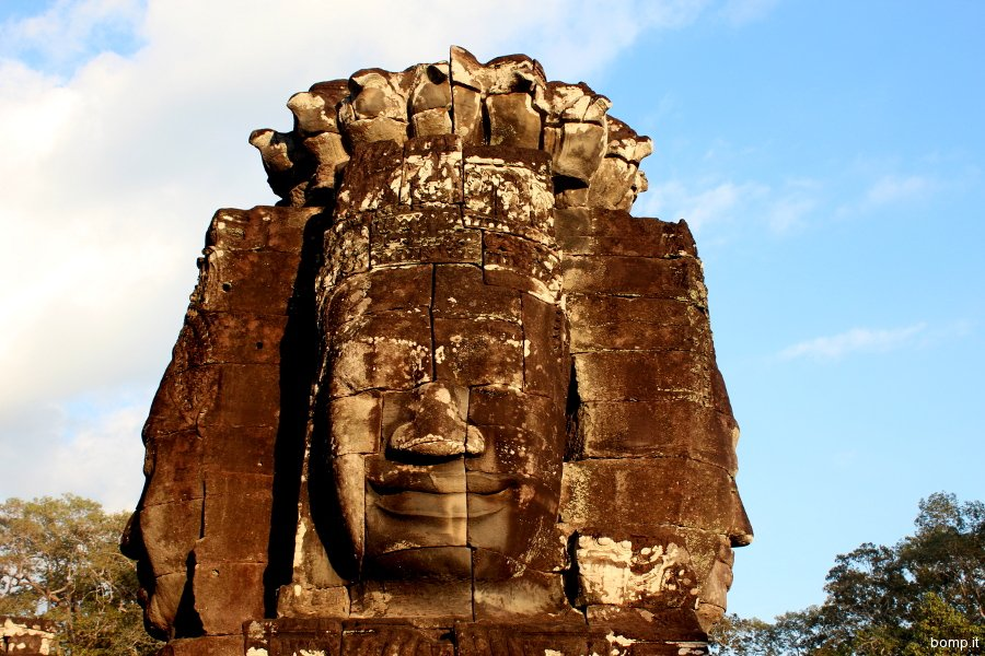 cambogia1575_angkor_bayon