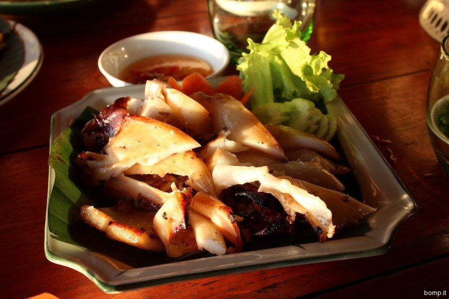 cambogia2149_kep_crabmarket_kebthmeyrestaurant