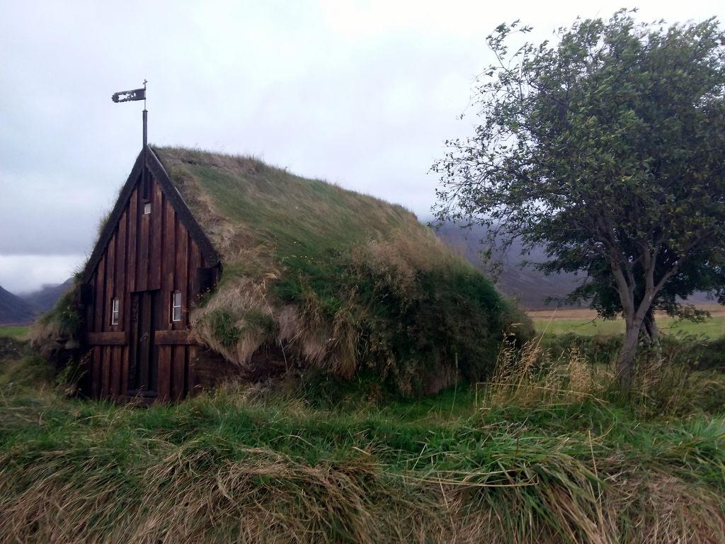 Islanda_20190909_204815_Grafarkirkja