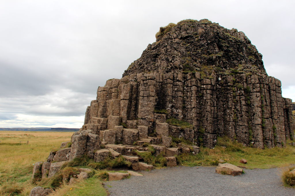 Islanda_2186_Dverghamrar