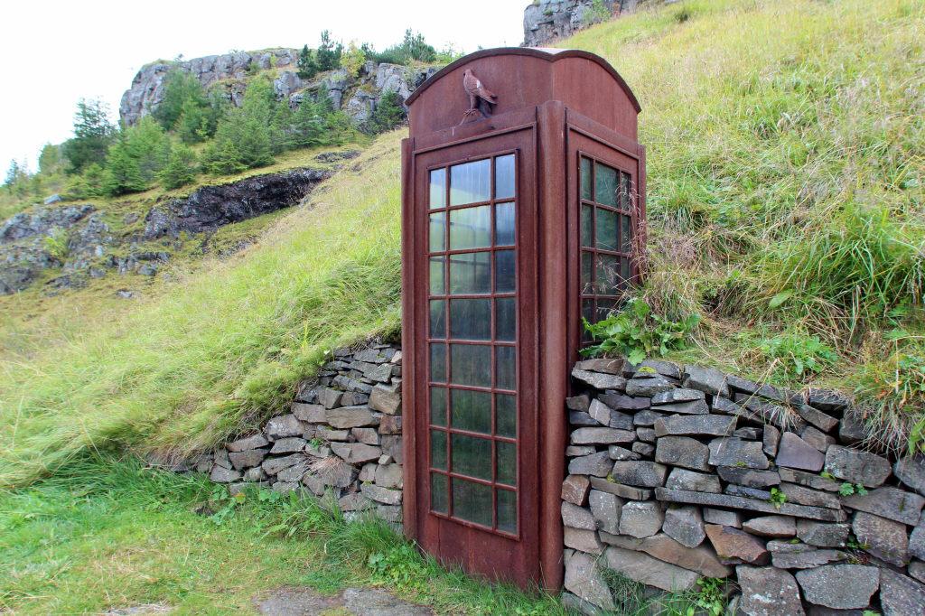 Islanda_2960_Seydisfjordur_PhoneBooth