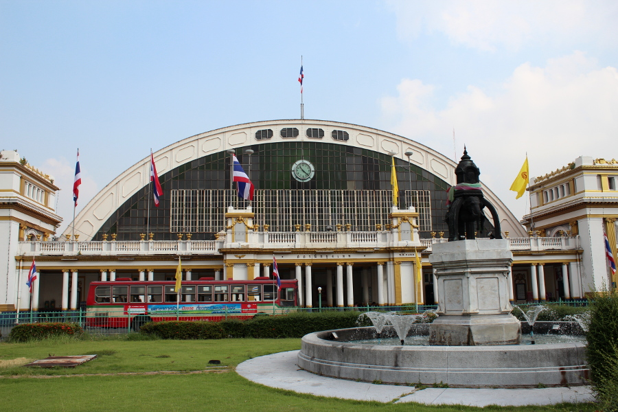 LaosThai0374_Thai_Bangkok_Chinatown_HuaLamphongRailwayStation
