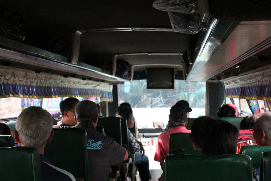 LaosThai0925_Laos_autobusPerThakhèk