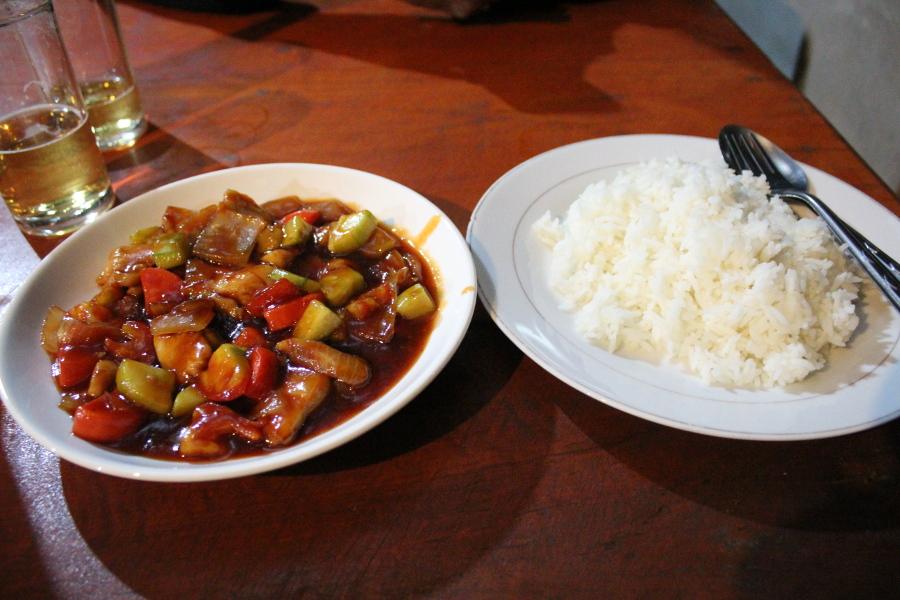 LaosThai1058_Laos_BanKongLor_KhounmeeRestaurant