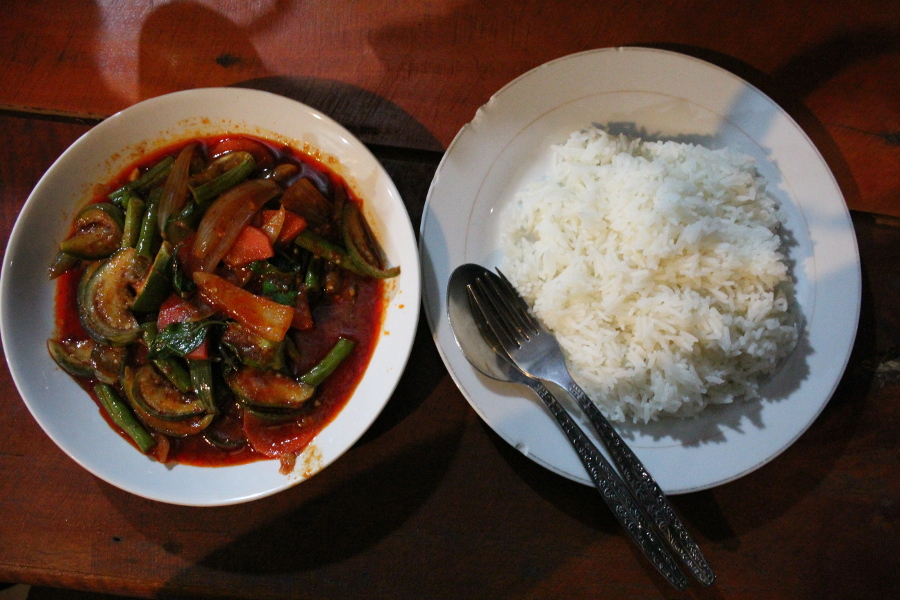 LaosThai1061_Laos_BanKongLor_KhounmeeRestaurant