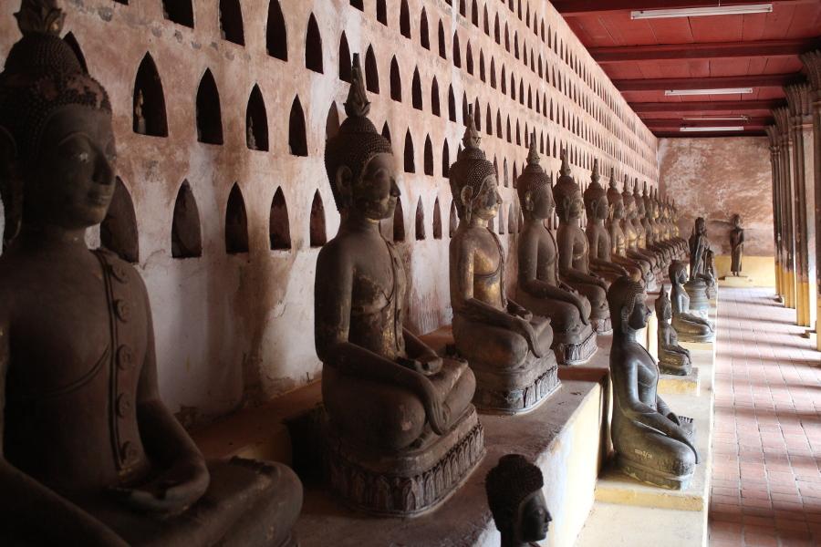 LaosThai1155_Laos_Vientiane_WatSisaket