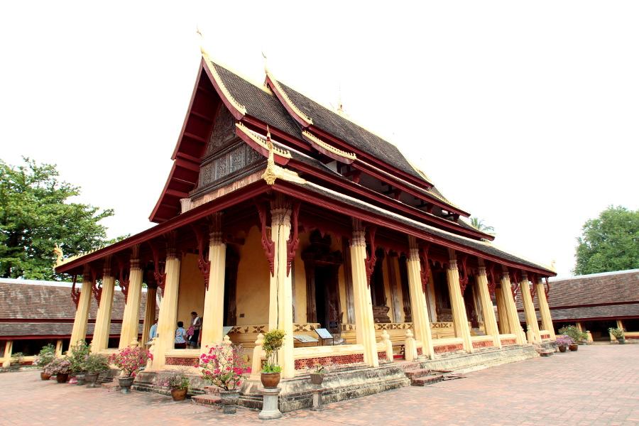 LaosThai1162_Laos_Vientiane_WatSisaket