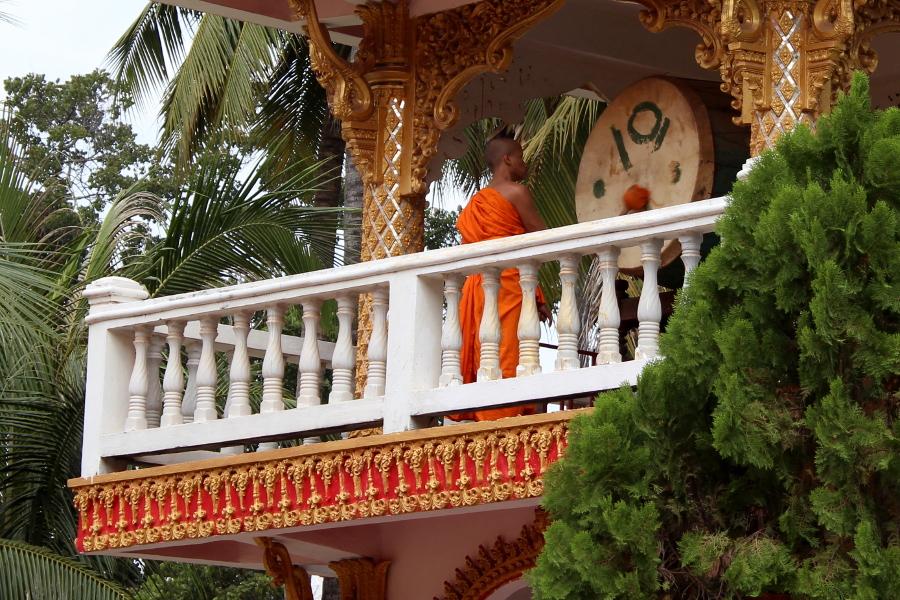 LaosThai1174_Laos_Vientiane_WatOngTeuMahawihan