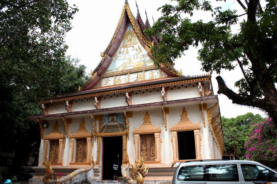 LaosThai1182_Laos_Vientiane_WatHaiSok