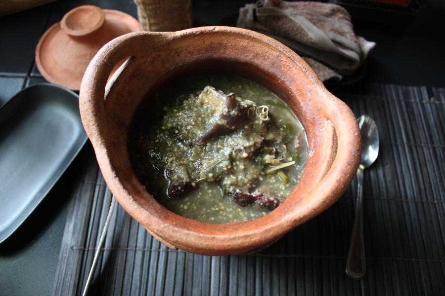 LaosThai1498_Laos_LuangPrabang_DyenSabaiRestaurant.jpg