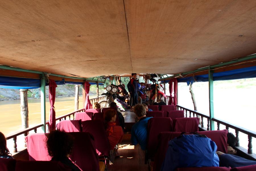 LaosThai1738_Laos_navigazioneMekong.jpg