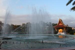 LaosThai1118_Laos_Vientiane_Patuxay